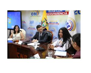 Diane Rodriguez expone sobre los derechos LGBT ante el CNE