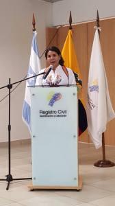 Diane Rodriguez logra logro el cambio de sexo por genero en la cedula de identidad para trans travestis transgeneros transexuales en Ecuador del registro civil (6)