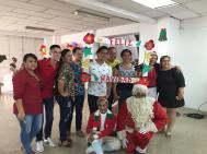 Agasajo Navideño a niños con enfermedades catastroficas y VIH - Asociación LGBT Silueta X - Ecuador (43)
