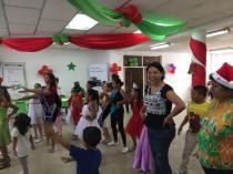 Agasajo Navideño a niños con enfermedades catastroficas y VIH - Asociación LGBT Silueta X - Ecuador (47)