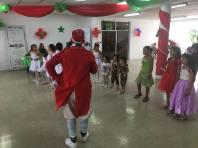 Agasajo Navideño a niños con enfermedades catastroficas y VIH - Asociación LGBT Silueta X - Ecuador (72)