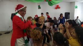 Agasajo Navideño a niños con enfermedades catastroficas y VIH - Asociación LGBT Silueta X - Ecuador (99)