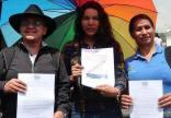 Iniciativa Zapatos diversos por asesinatos LGBT ecuador Asociación Silueta X Federación ecuatoriana (12)