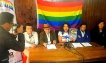 Iniciativa Zapatos diversos por asesinatos LGBT ecuador Asociación Silueta X Federación ecuatoriana - diane rodriguez (3)