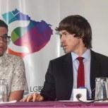 Camara LGBT del Ecuador rueda de prensa sobre lanzamiento - NGLCC Phil Greham (3)