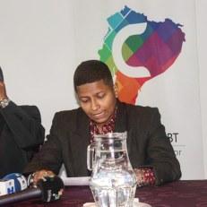 Camara LGBT del Ecuador rueda de prensa sobre lanzamiento - web (10)