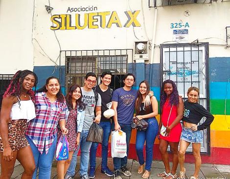 Prácticas - Investigación estudiantes universitarios colegios con LGBT Trans en Guayaquil - Quito - Ecuador - Silueta X 1.jpg